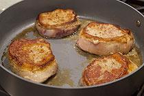Рецепт Свиные отбивные в соусе Дижон